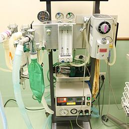 麻酔器 / 人工呼吸器